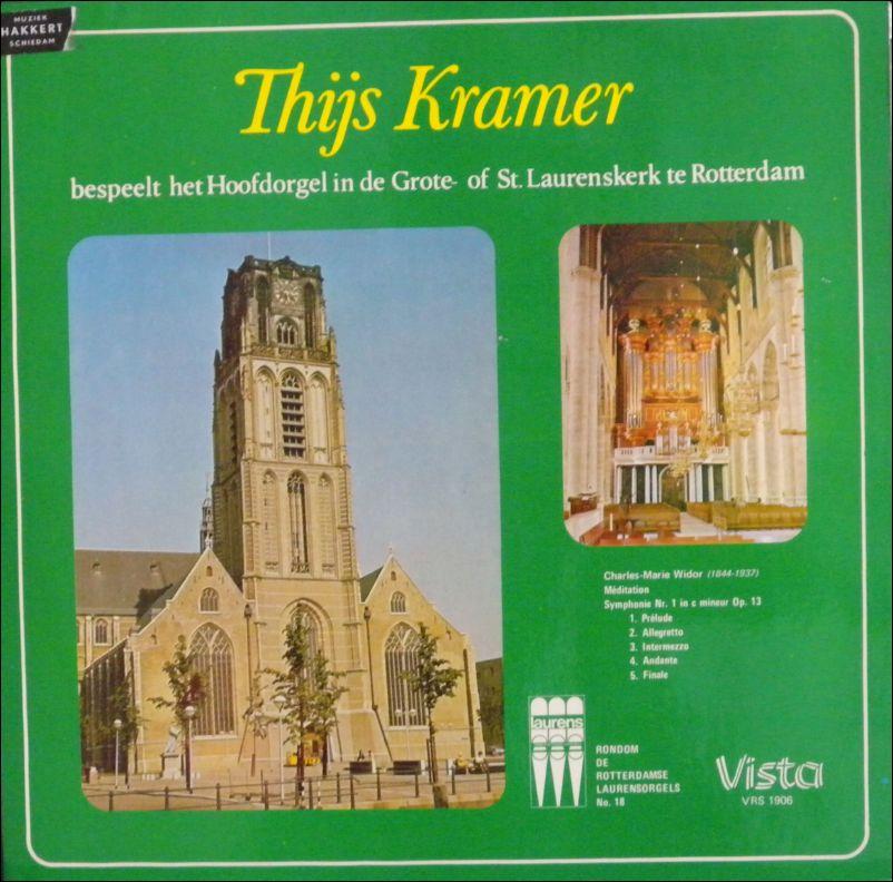 Thijs Kramer -... bepeelt het Hoofdorgel in de St. Laurenskerk